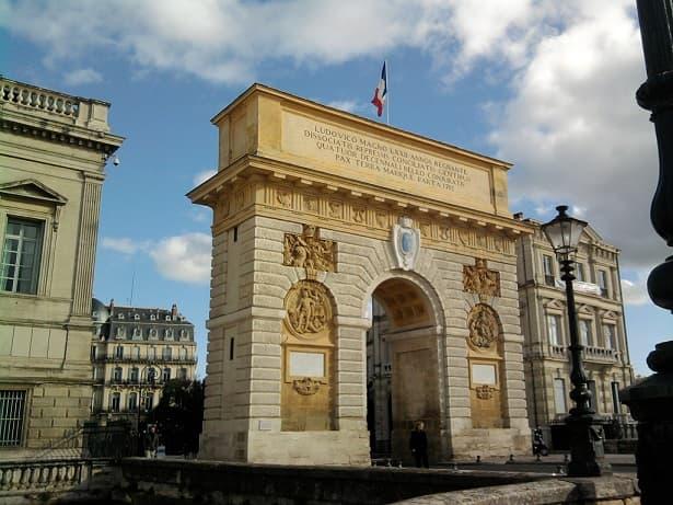 Circuits touristiques en VTC à Montpellier